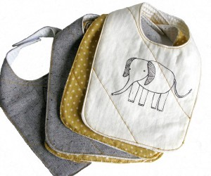 """Organic cotton elephant bib"""