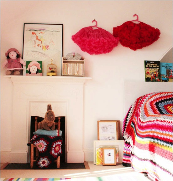 """""""colourful girls rooms"""""""