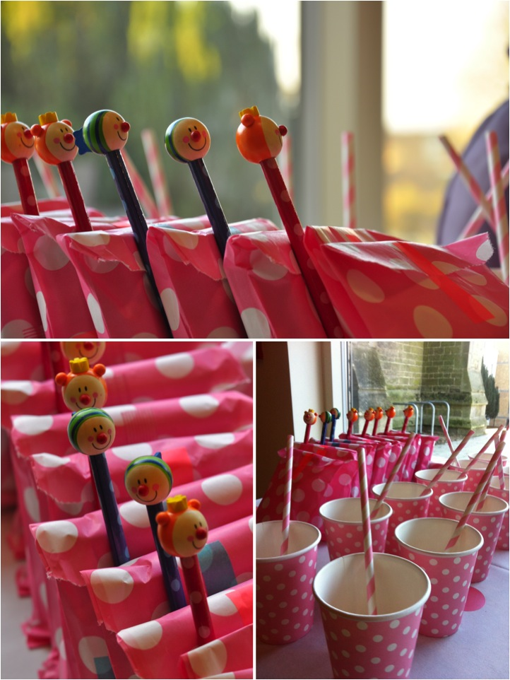 """pink polka dots party bags"""