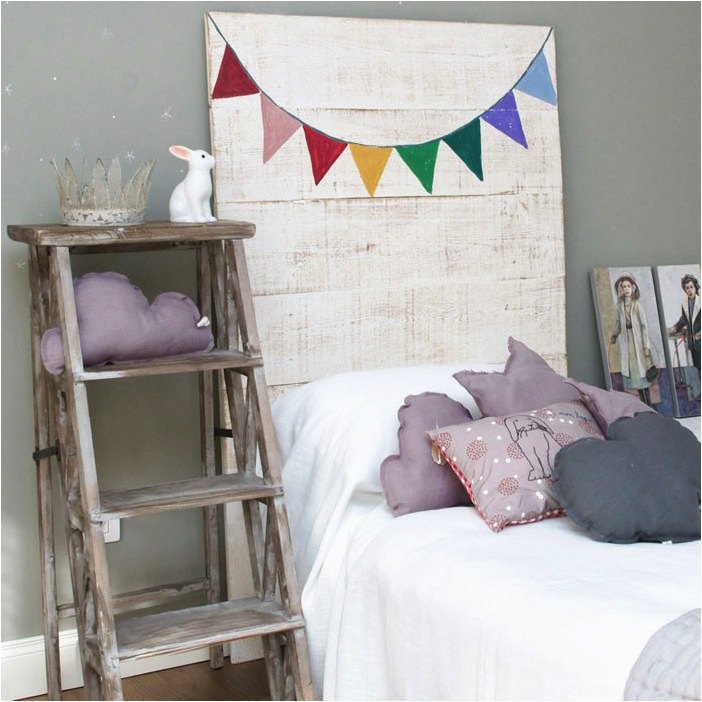 """""""painted headboard for kids bed"""""""