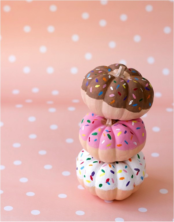 """DIY donut pumpkin decorating"""