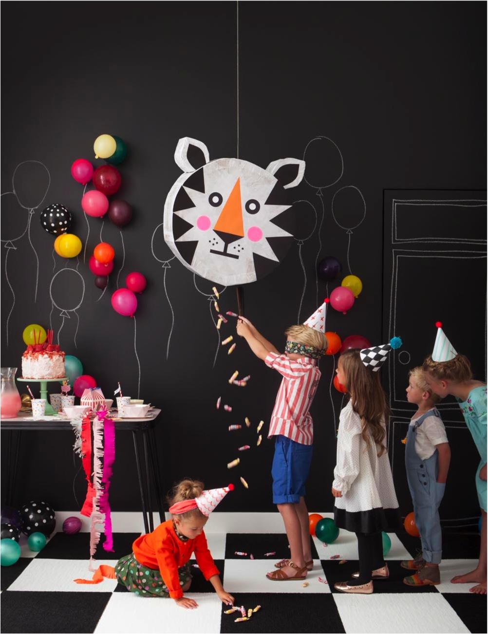 """""""DIY kids party pinata"""""""