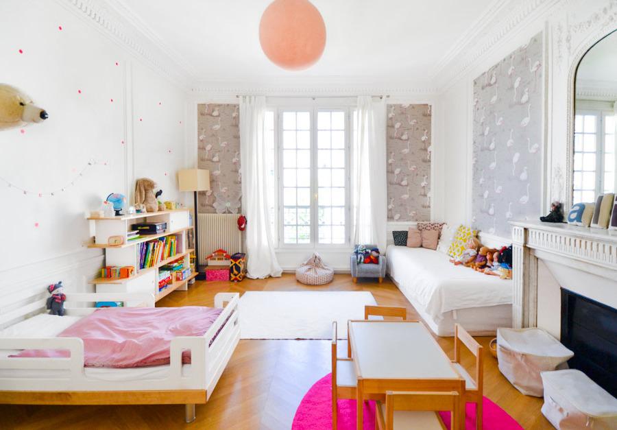 """wallpaper for a kids room"""