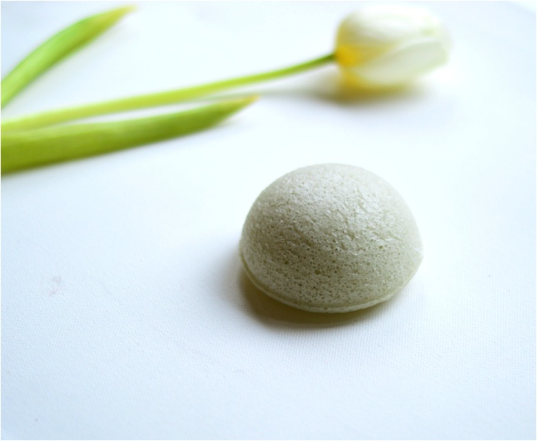 """konjac face cleansing sponge"""