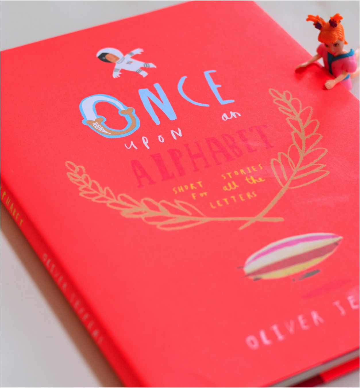 Once Upon an Alphabet Oliver Jeffers