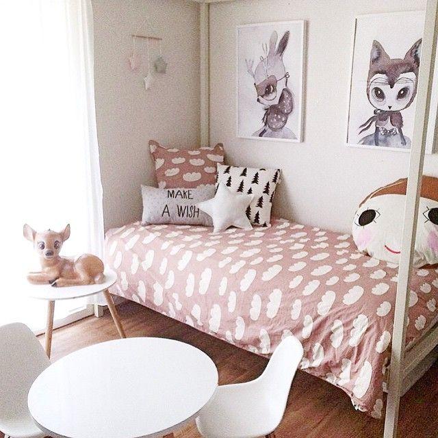 dirty pink girls bedroom