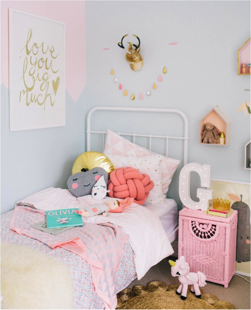 pink and gold decor ideas