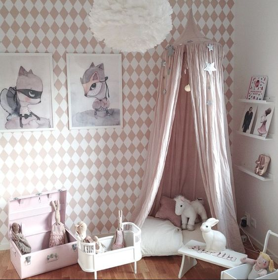 pink bedroom decorating ideas for little girl