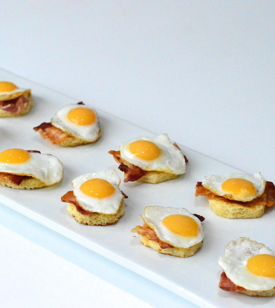 make mini eggs benedict